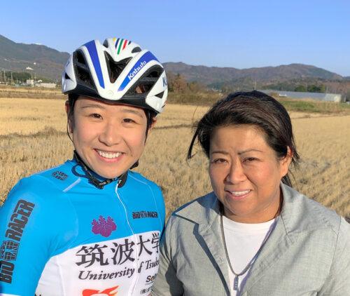 梶原悠未選手と母親