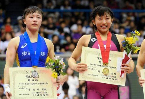 須崎優衣 筋肉画像 脇 綺麗 オリンピック 登坂絵莉