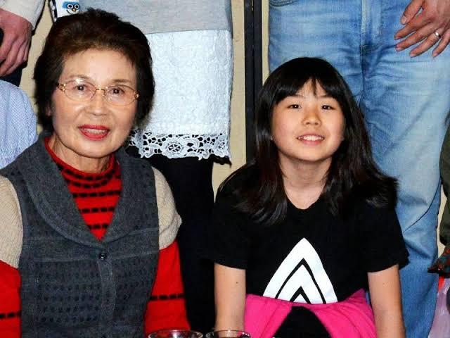 岡本碧優 祖母 画像
