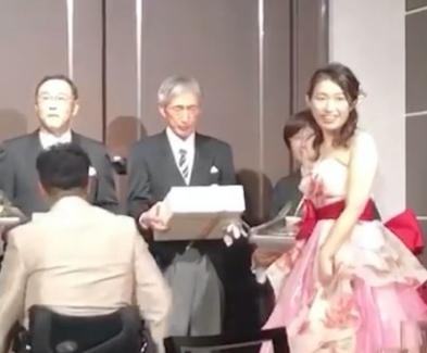 佐藤友祈に結婚した嫁