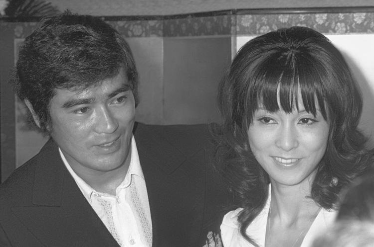 1972年9月 千葉真一、野際陽子の婚約発表