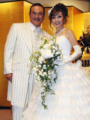 2010年10月22日 14年越しの結婚披露宴にて 千葉真一 玉美夫人