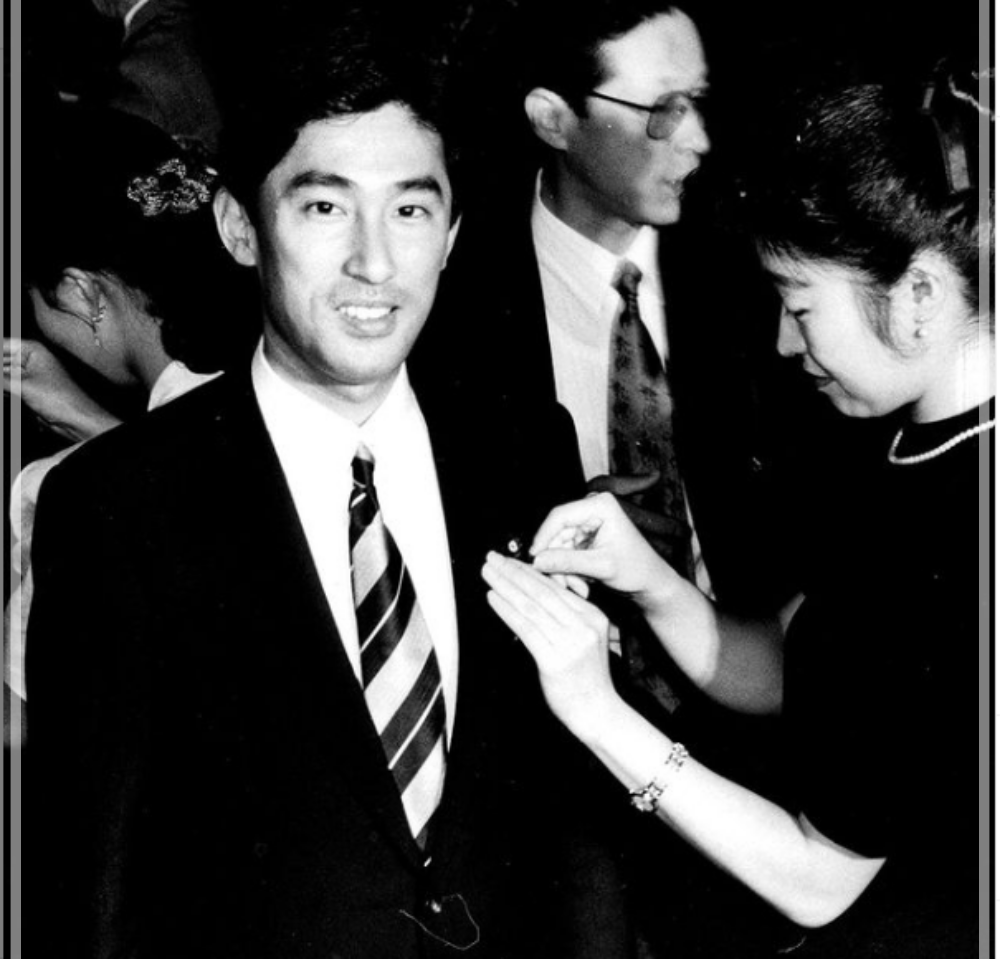 岸田文雄 初当選 36歳 若い頃