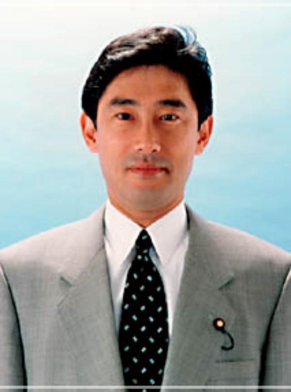 岸田文雄 建設政務次官 42歳 若い頃
