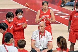 トムホーバス 女子日本代表史上初の外国人ヘッドコーチ