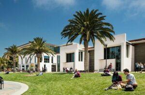 長女はカリフォルニア大学サンタバーバラ校 トムホーバス